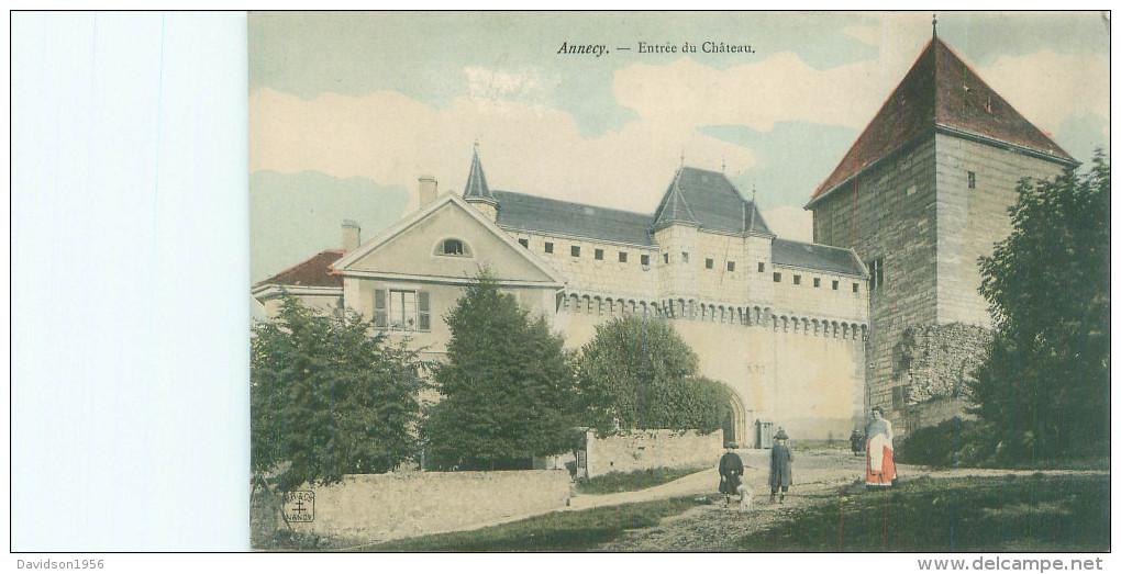 CPA -   Annecy -  Entrée Du Château   ,animée       Q1209 - Annecy
