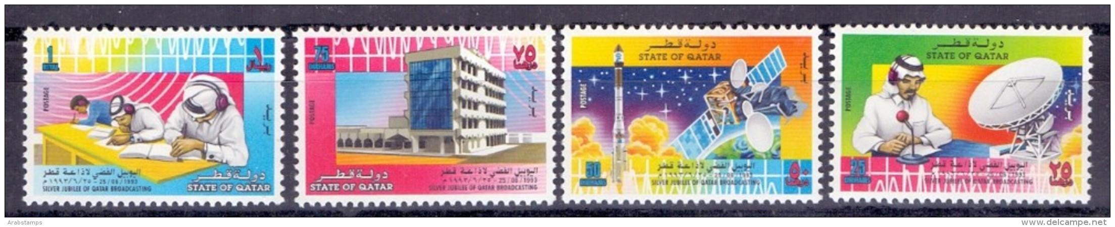 1993 QATAR Silver Jubilee Of Qatar Broadcasting. Complete Set 4 Values (MNH) - Qatar