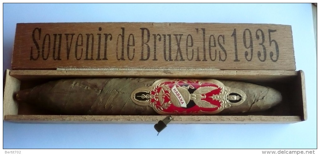 "RARE Et EXCEPTIONNEL  ! Superbe Cigare Collector Dans Coffret - SOUVENIR DE BRUXELLES 1935 - Bague  ""HABANA"" ( 4 Scans) - Contenitore Di Sigari"