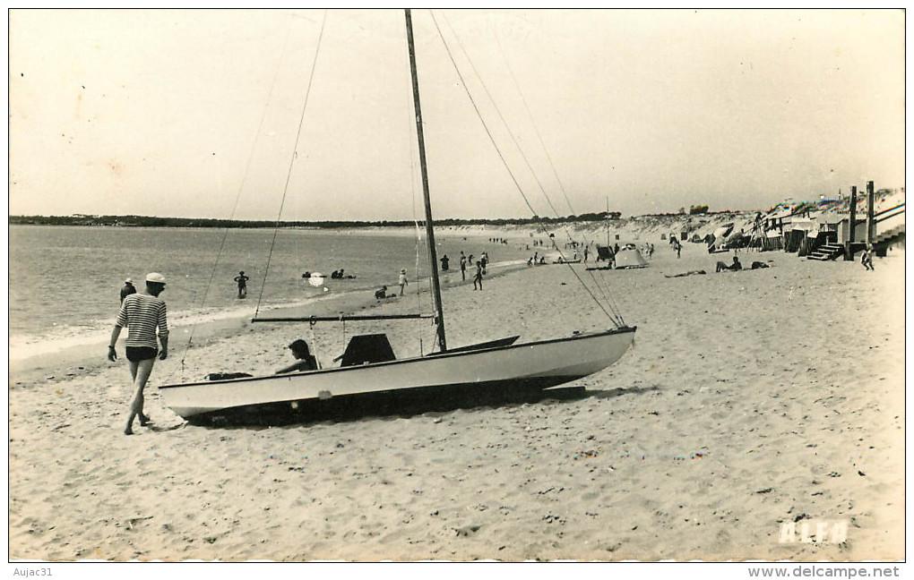 Dép 85 - Bateaux - La Tranche Sur Mer - La Grière - La Plage - Semi Moderne Petit Format - Bon état Général - La Tranche Sur Mer