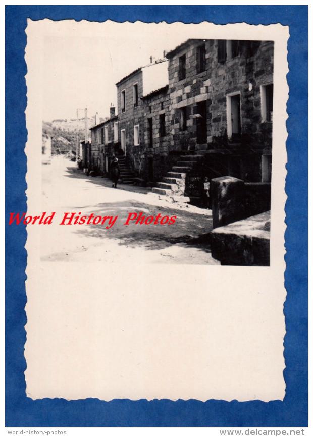 Photo Ancienne - AULLENE ( Corse ) - Une Rue - Maison Ancienne - Cars