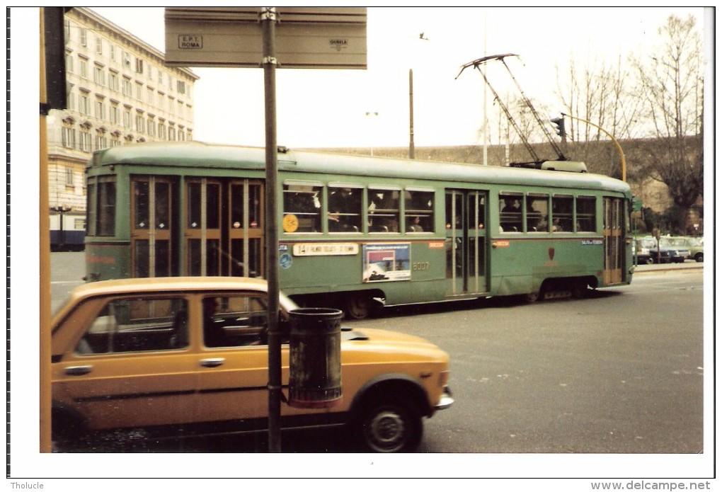 Photo Originale-Italia-Italie +/-1980-Tram-Tramway-ROME-ROMA Foto Di Un TRAMWAY Linea 14,-13x8,8cm - Eisenbahnen