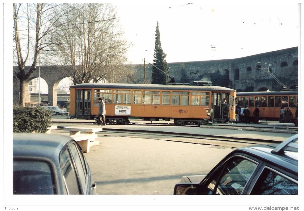 Photo Originale-Italia-Italie +/-1980-Tram-Tramway-ROME-ROMA Foto Di Un TRAMWAY  -TW 2107-13x8,8cm - Eisenbahnen