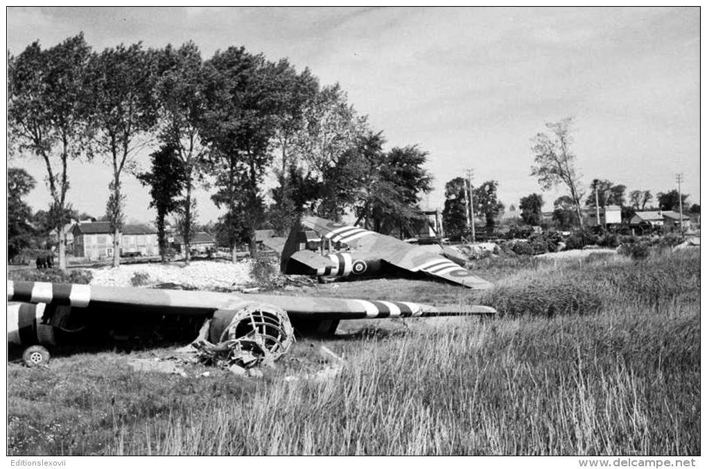 Cpm Planeur Horsa Près Du Pont Du Canal De Caen à Bénouville , Le 8 Juin 1944 - Guerre 1939-45