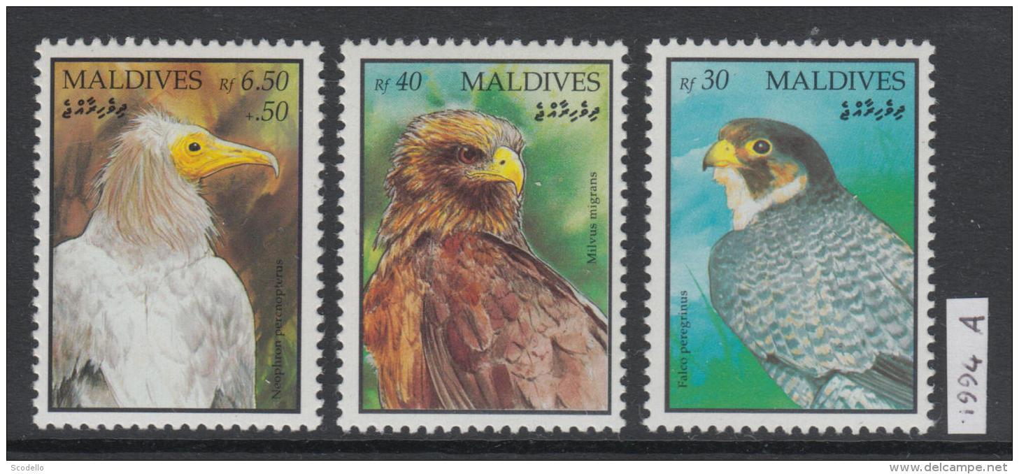 XG-AK755 MALDIVES IND - Birds, 1994 Of Prey, Fauna, 3 Values MNH Set [FREE WORLDWIDE SHIPPING] - Maldives (1965-...)