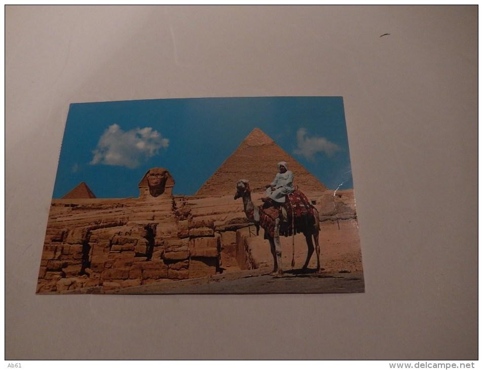 Egypte  Giza  Le Sphinx Avec Les Pyramides De Chéphren Et Mykerinos ( Bedoin A Dos De Chameau ) - Altri