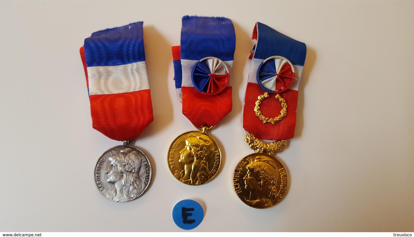 3 MÉDAILLES DU TRAVAIL. - Militares