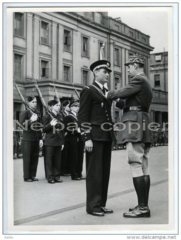 CHARLES De GAULLE à Londres En 1942 - Tirage D'époque - WWII - Oorlog, Militair
