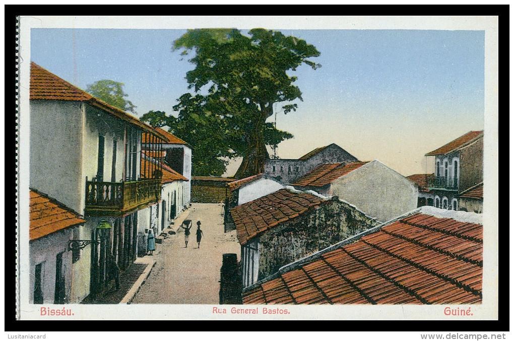 BISSAU - Rua General Bastos.   Carte Postale - Guinea-Bissau