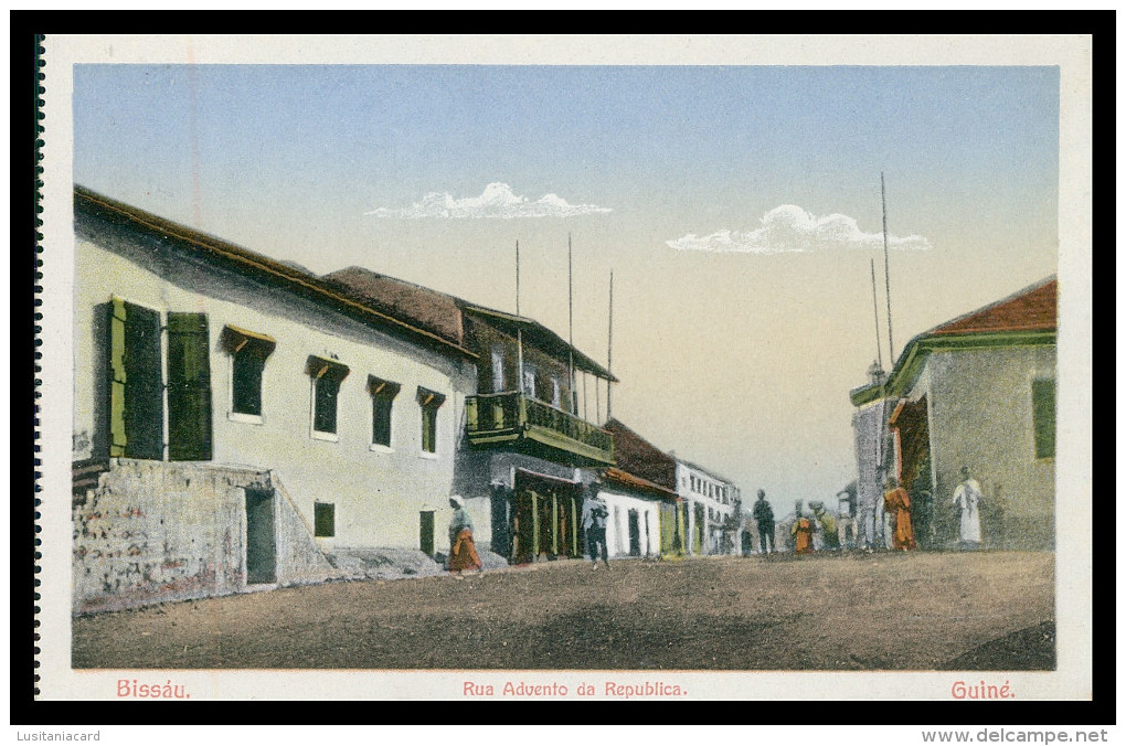 BISSAU - Rua Advento Da Republica.   Carte Postale - Guinea-Bissau