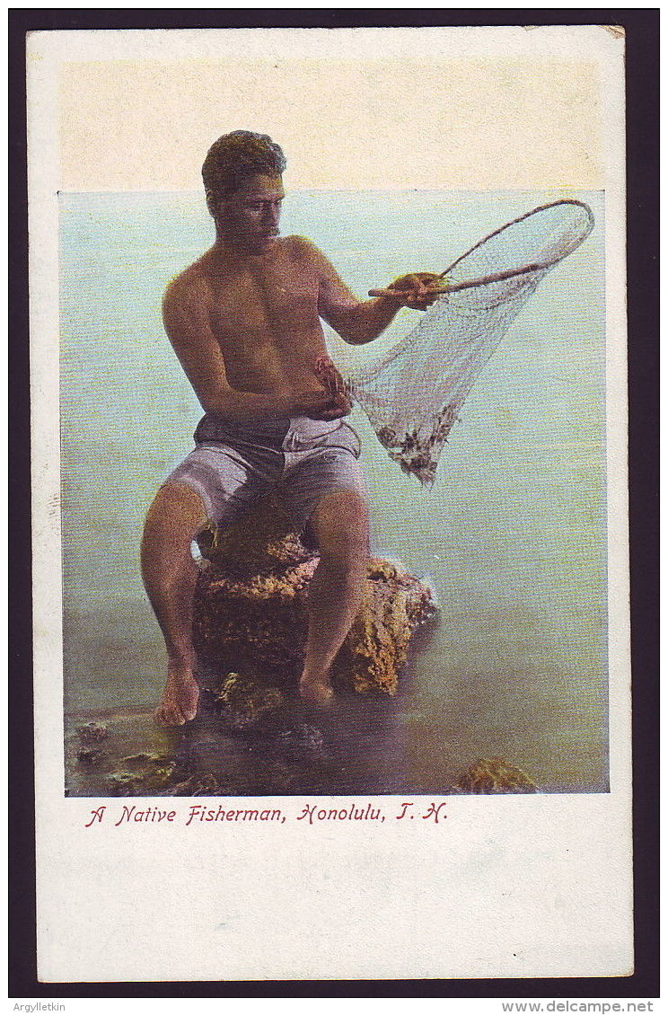 HAWAII FISHERMAN POSTCARD - Oceania