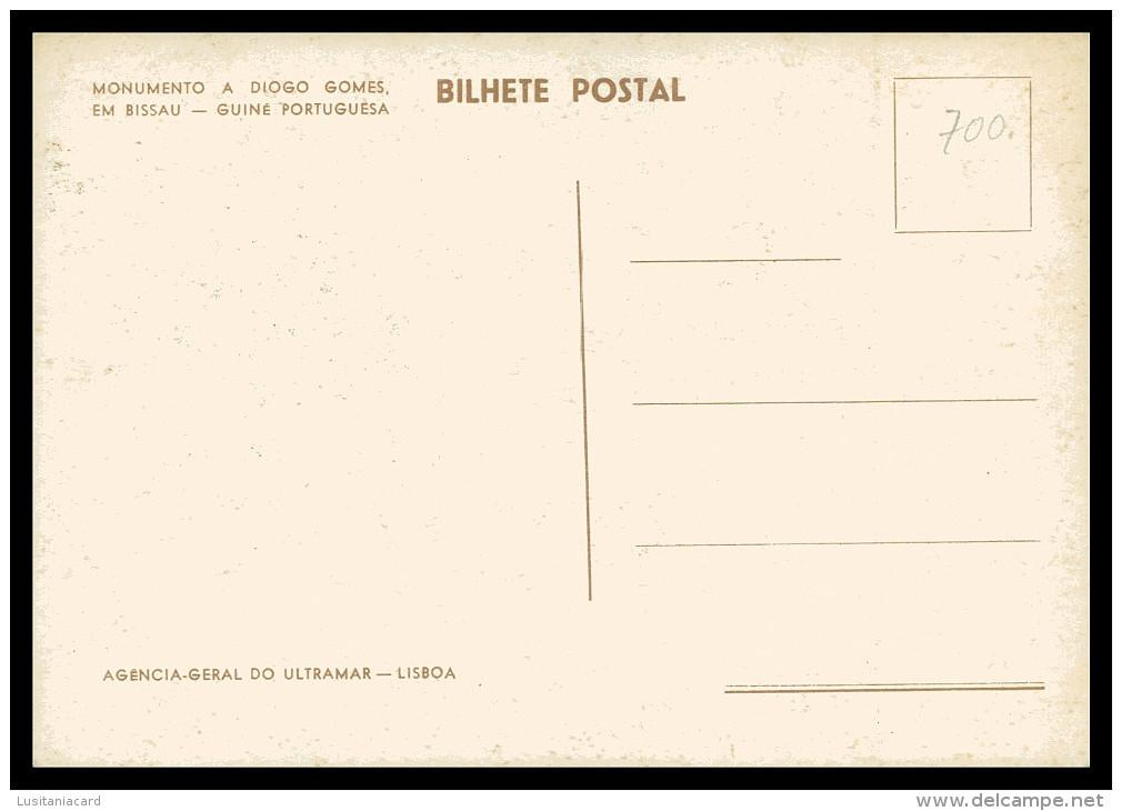 BISSAU -ESTATUAS - Monumento A Diogo Gomes Em Bissau( Ed. Agencia Geral Do Ultramar) Carte Postale - Guinea-Bissau