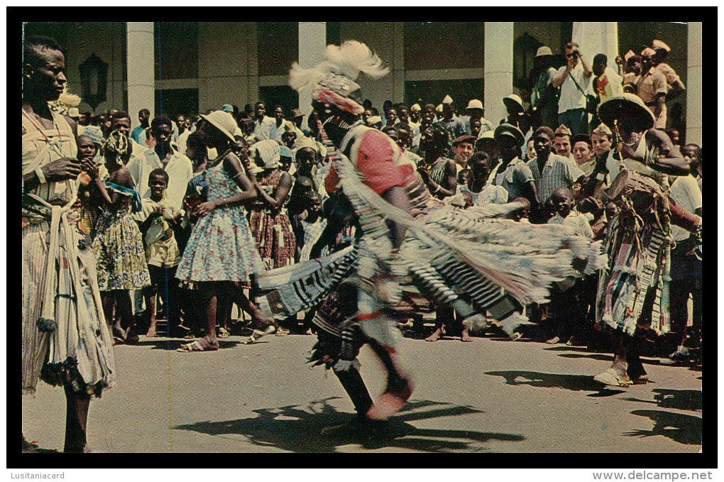 FARIM- COSTUMES - Dançarino Mandinga ( Ed. Foto Serra Nº 100)  Carte Postale - Guinea-Bissau