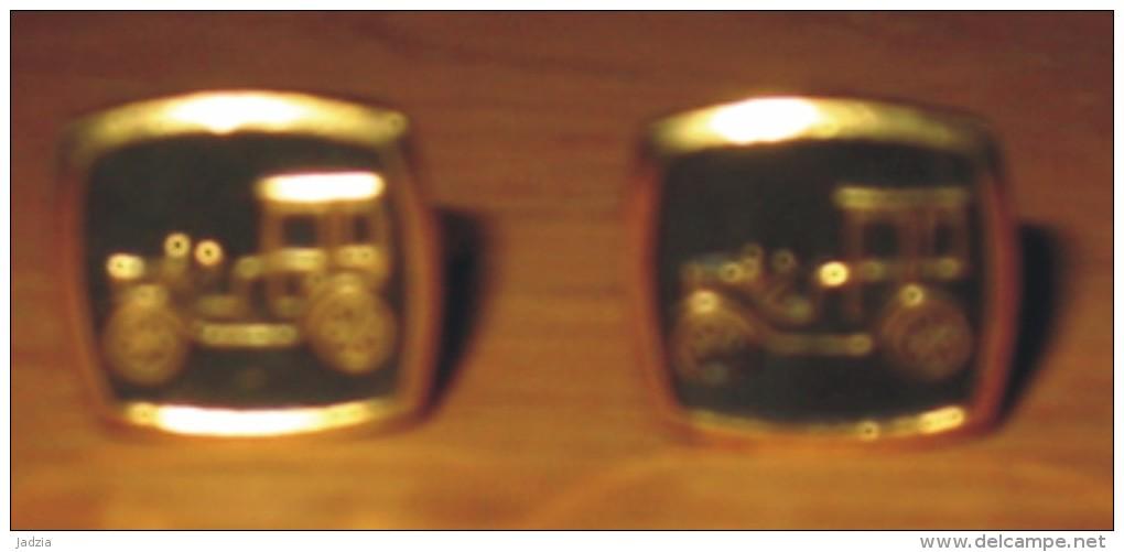 Bijou Boutons De Manchette Métal Doré Et Noir Voiture 1.8 X 1.8 Cm Année 70 - Cuff Links & Studs