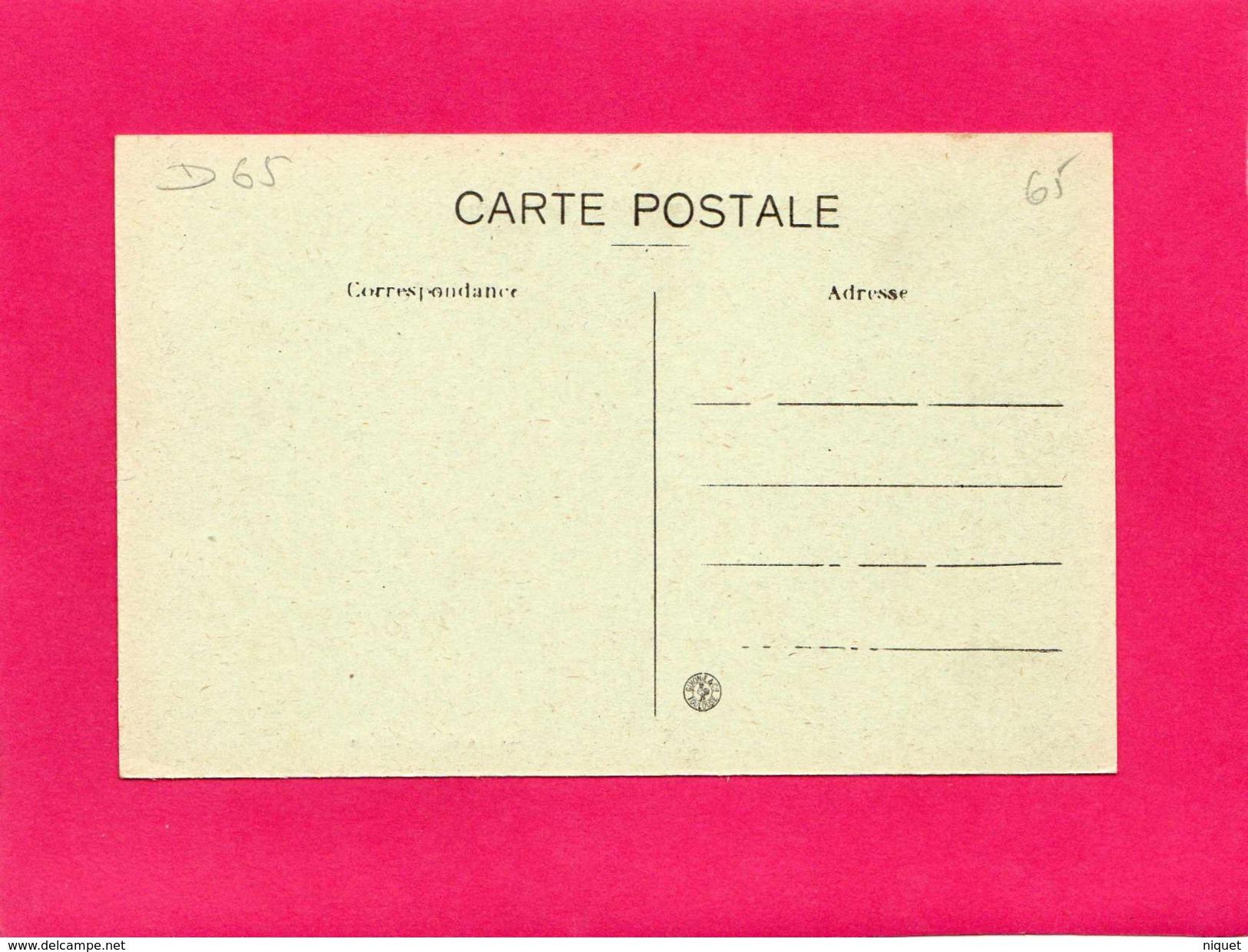 65 HTES PYRENEES,TARBES, La Gare, Animée, Attelages, (UNIC) - Tarbes