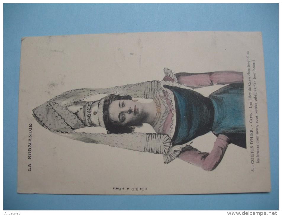 """CPA La Normandie    """" Coiffes D´Hiver """"  N°   4 - Costumes"""