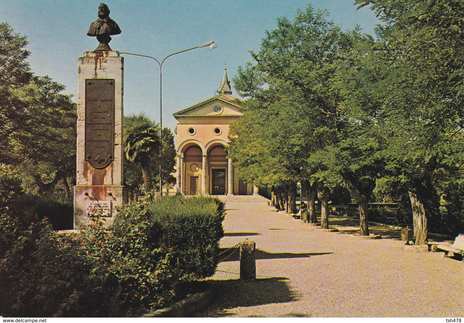 ITALIE---VADA---la Chiesa--voir 2 Scans - Livorno