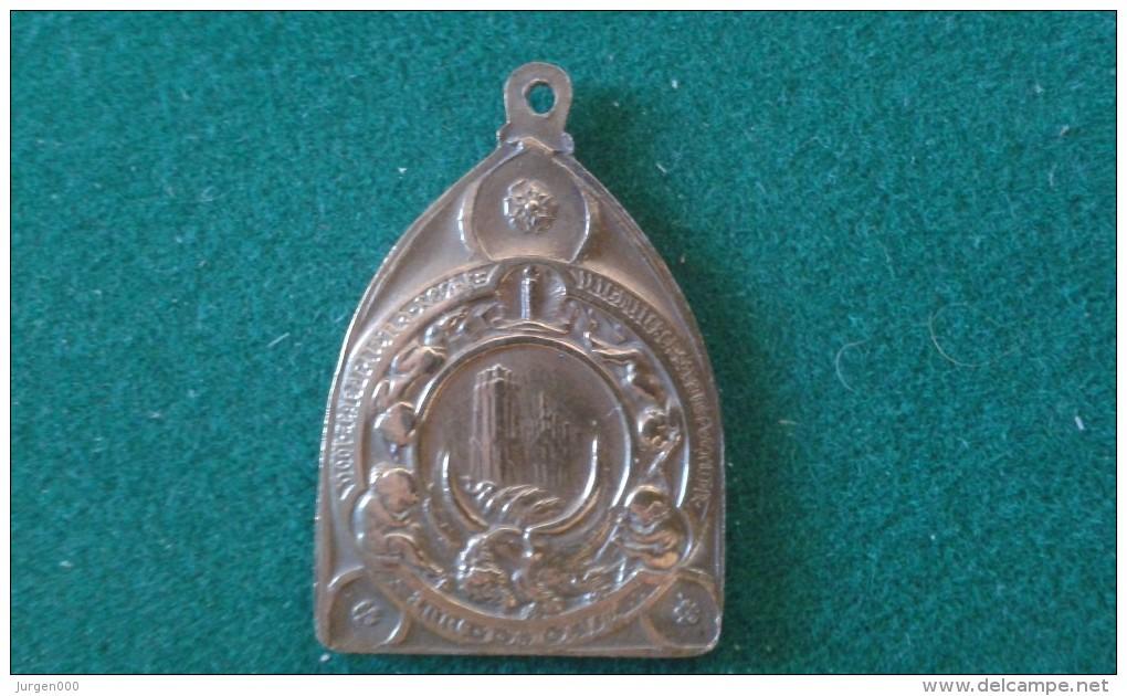 1918, Ville De Malines, Burgemeester Karel Dessain, 12 Gram (med338) - Pièces écrasées (Elongated Coins)