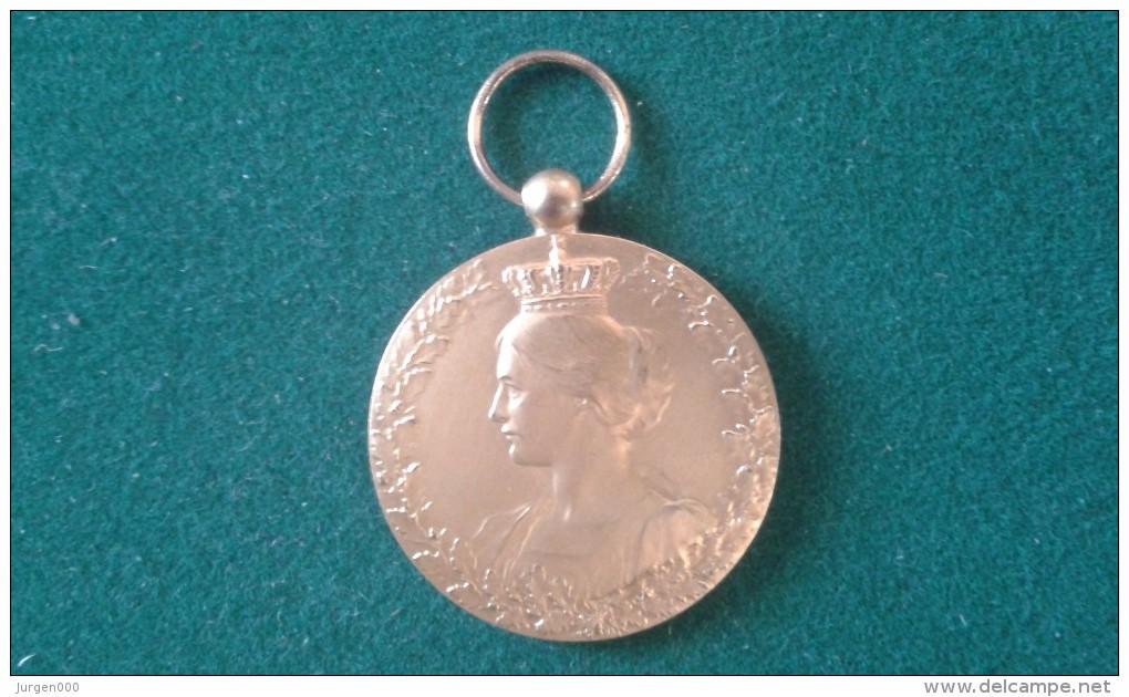 1914-1918, Ter Herinnering Aan Zijn Medewerking, Souvenir De Sa Collaboration, 18 Gram (med345) - Pièces écrasées (Elongated Coins)