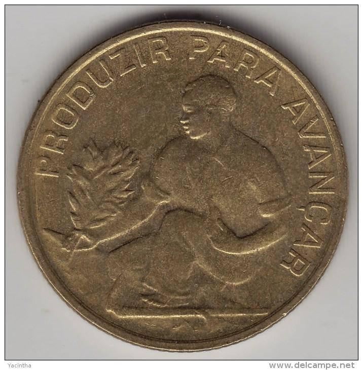 @Y@   Kaapverdische Eilanden   2.50 Escudo   1982       (3589) - Cap Vert