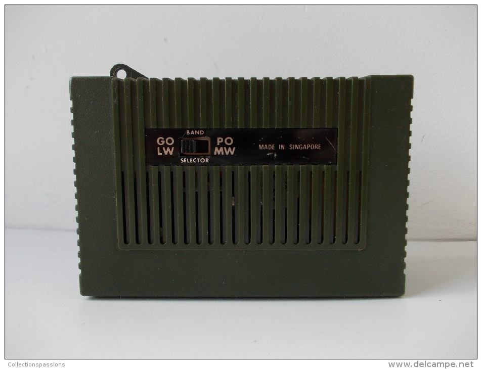 - Radio Portative. Transistor - - Appareils