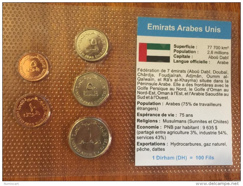 Émirats Arabes Unis Plaquette  De 5 Pièces Sous Blister Avec Présentation Du Pays Monnaies Collection En Superbe état - Emirats Arabes Unis