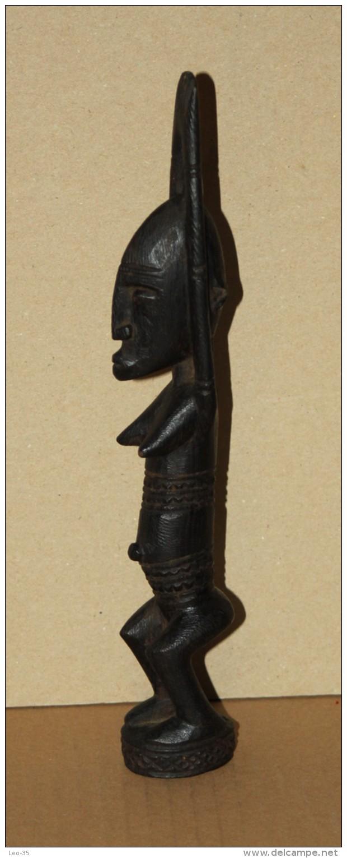 Art Africain - Belle Statue Africaine En Bois Sculpté - African Art