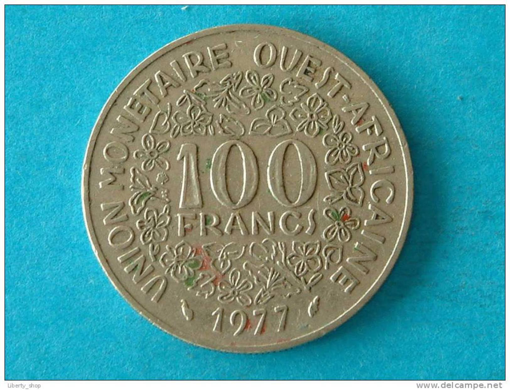 L´AFRIQUE DE L´OUEST - 100 FRANCS / 1977 - KM 4 ! - Autres – Afrique