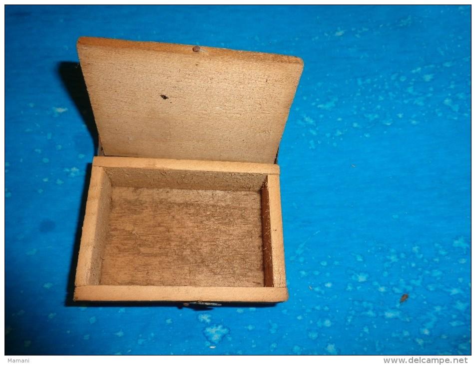 Boite D´expedition Bijoutier 7.5 Cm X 5.5cm Environ - Autres