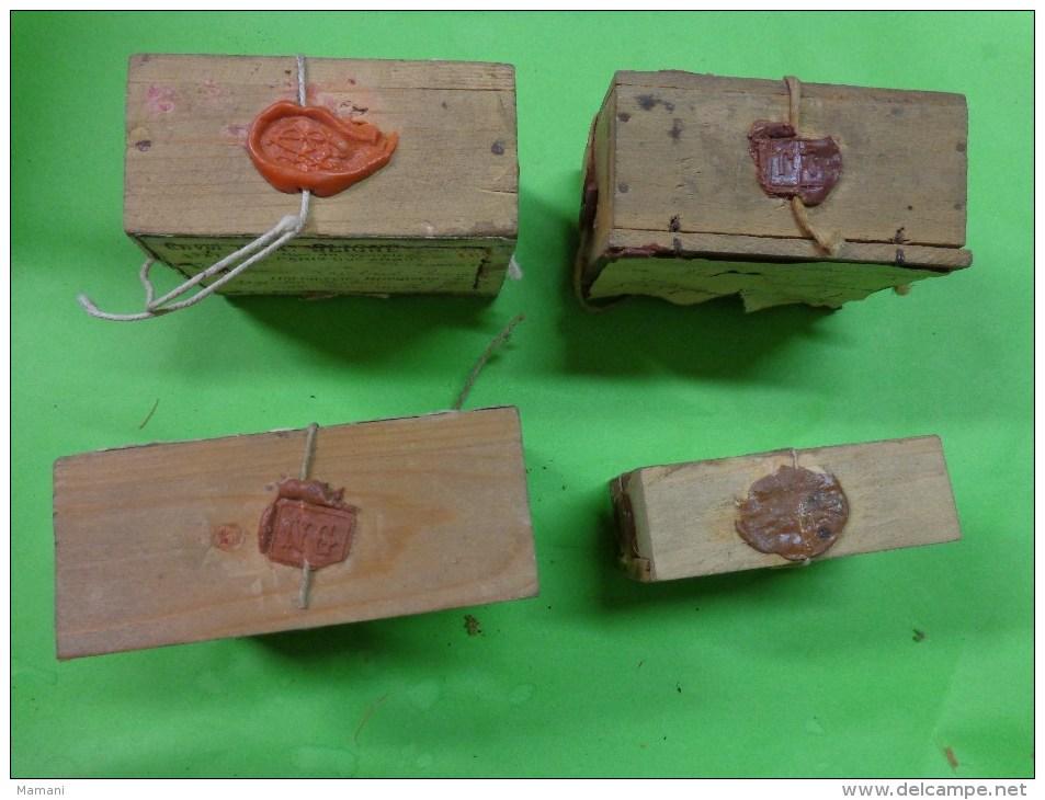 4 Boites D´expedition Bijoutier  Cachets De Cire +ficelle+ Timbre Mention CHARGE - Bijoux & Horlogerie