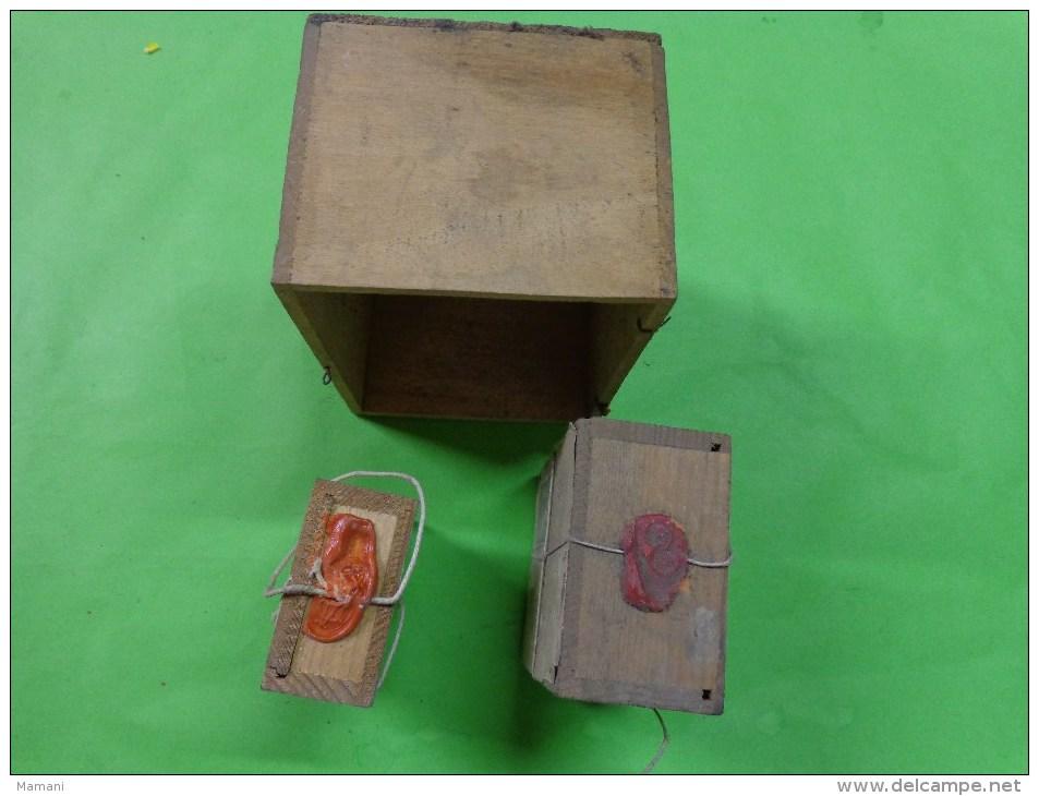 3 Boite D´expedition Bijoutier  Cachets De Cire +ficelle+ Timbre - Bijoux & Horlogerie