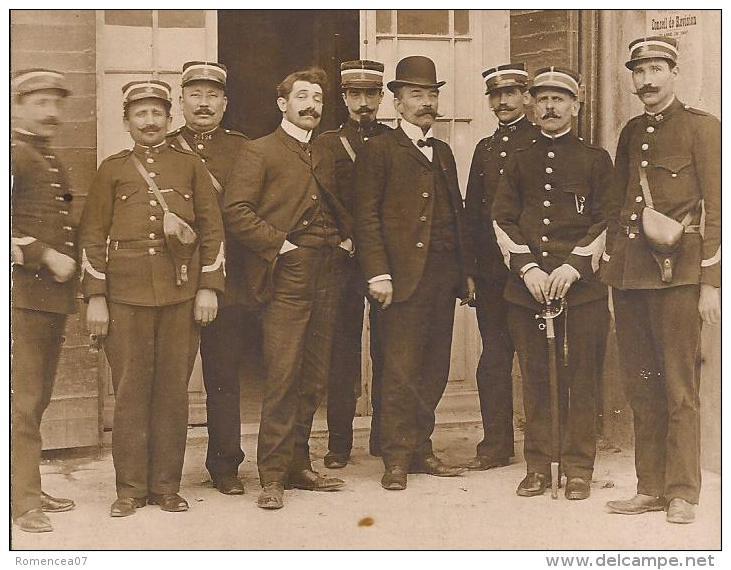 PARIS 5e - COMMISSARIAT De POLICE - INSPECTEURS - AGENTS - Carte-photo - Vers 1910 - Cliché TOP ! - Police - Gendarmerie