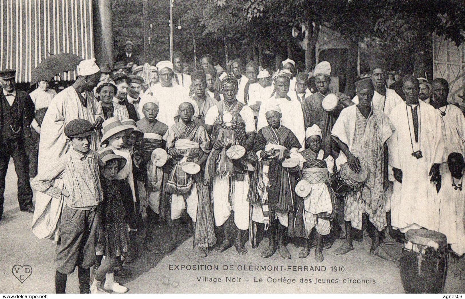 CLERMONT  FERRAND  -  Exposition 1910 - Le Cortege Des Jeunes Circoncis - Clermont Ferrand