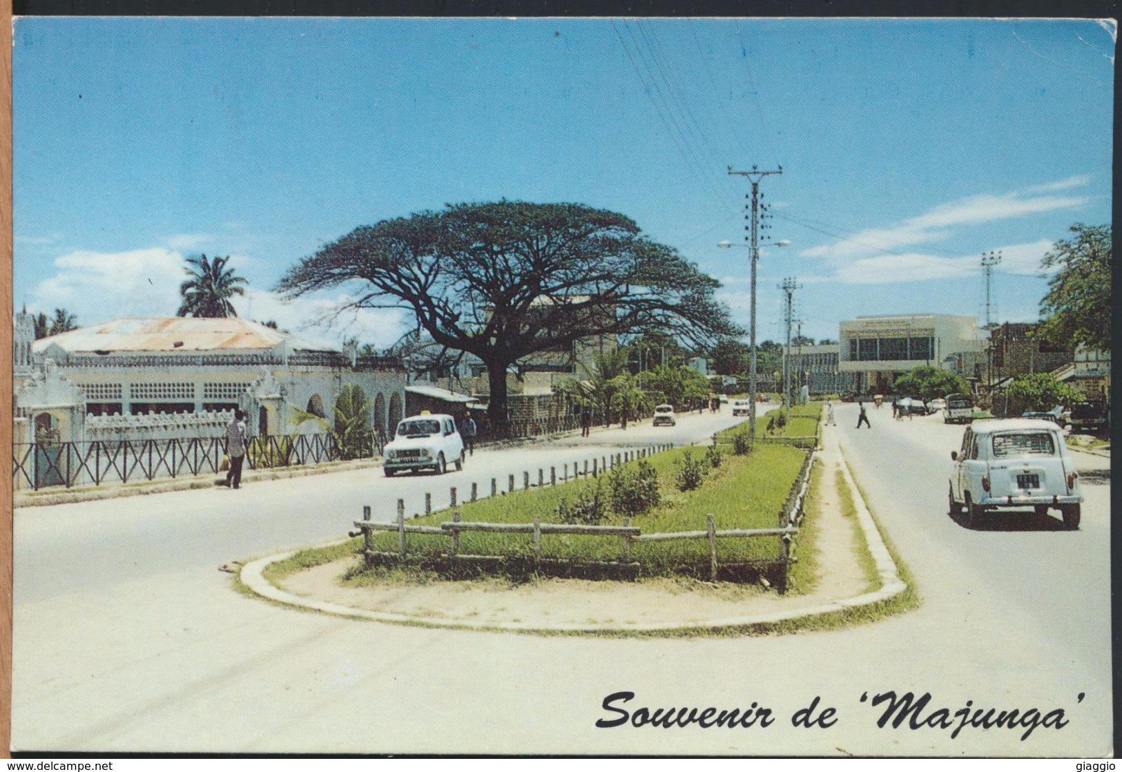 °°° 65 - MADAGASCAR- MAJUNGA - AVENUE GENERAL DE GAULLE - With Stamps °°° - Madagascar