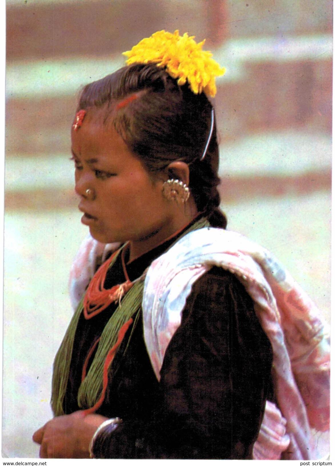 Asie - Népal - A Magar Woman - Nepal