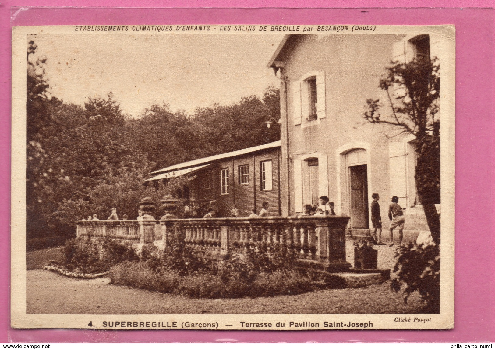Les Salins De Brégille - Superbrégille - Terrasse Du Pavillon Saint-Joseph - Francia