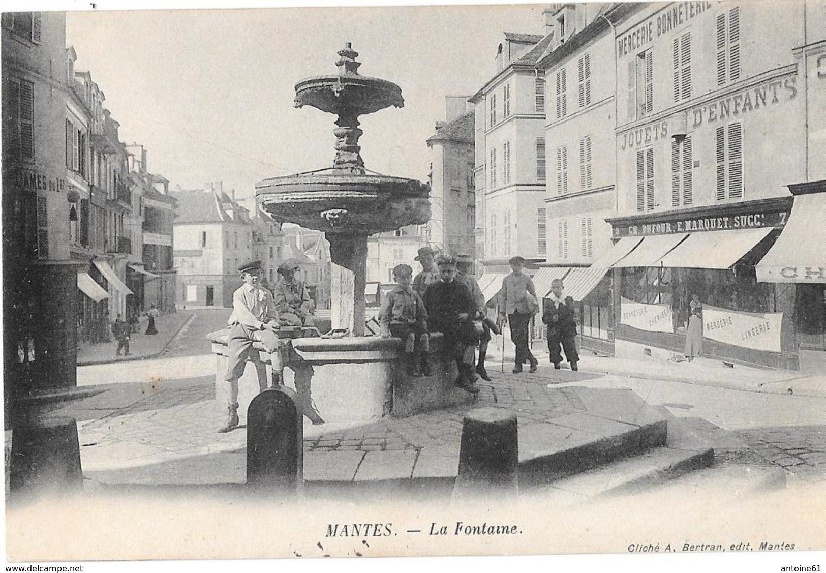 MANTES --La Fontaine  (animée ) - Mantes La Jolie