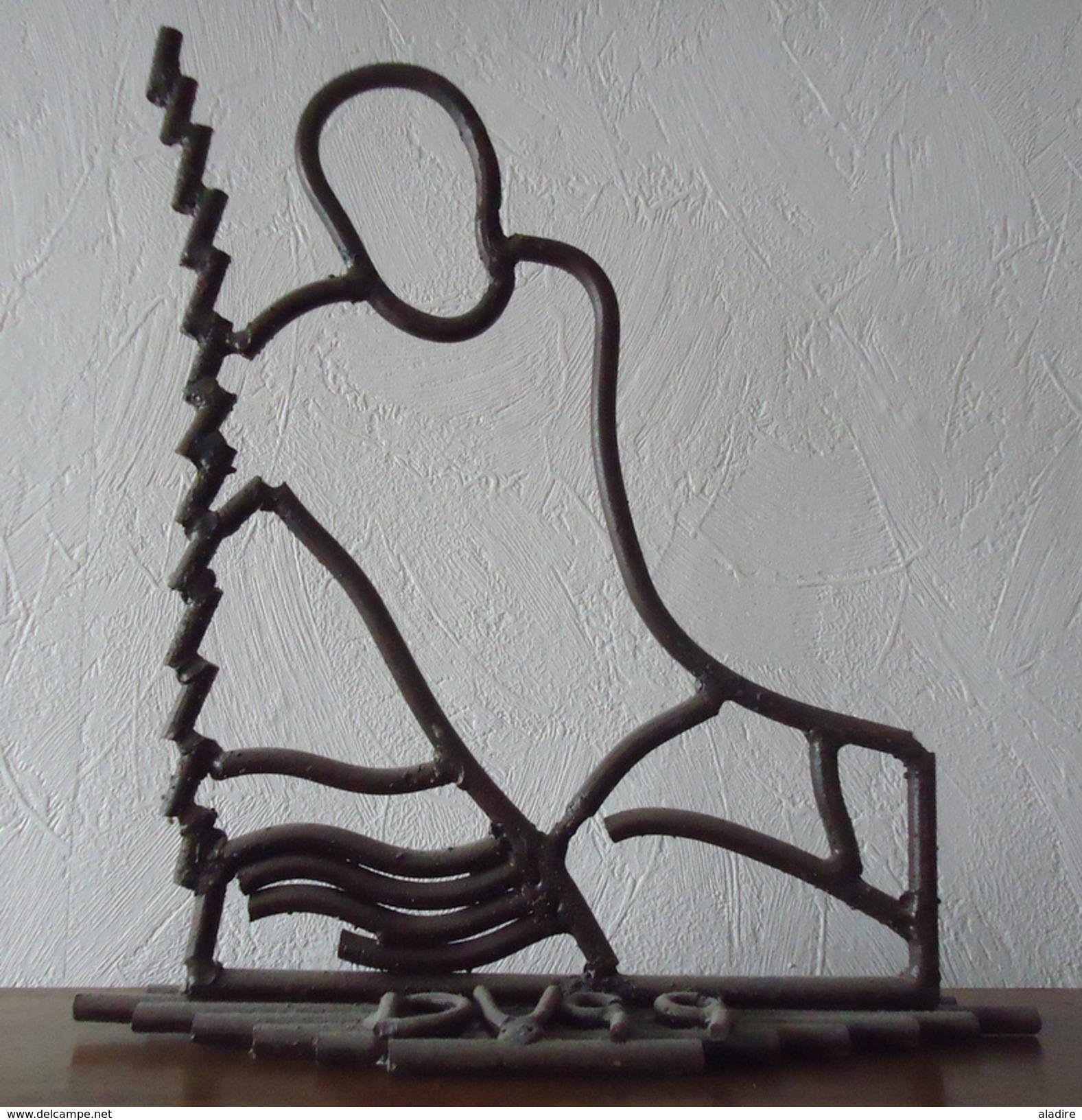 Vignal - Dance - Dessin De Fer - Sculpture - Oeuvre Unique 35 X 39 Cm - Sculptures