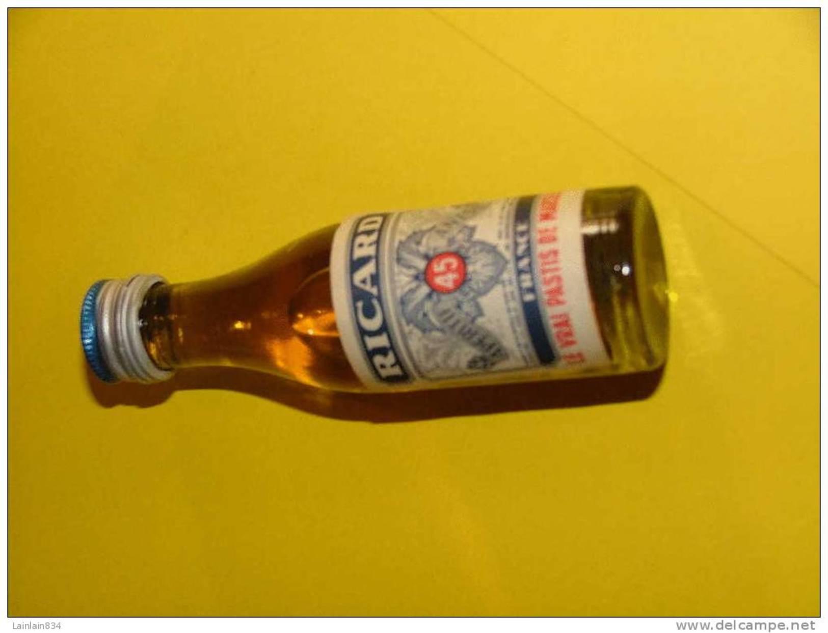 -  Mignonnettes Anciennes Ricard -  Pleine, 2.3 Cl, 9 Cm De Haut, Trés Bon état. - Miniatures