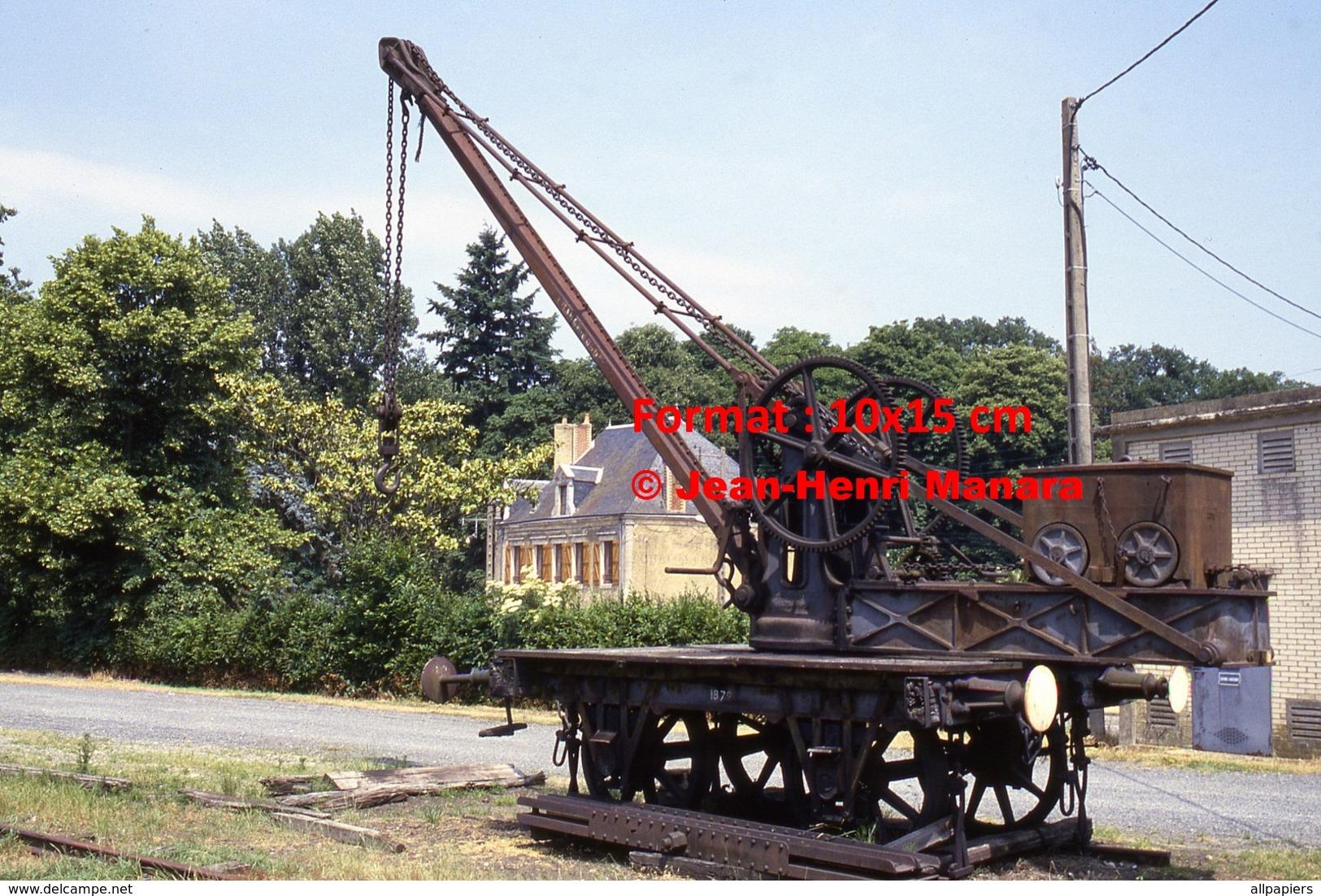 Reproduction Photographie D'une Vue D'un Ancien Wagon Treuil De Connerré-Bonnétable En 1986 - Reproductions