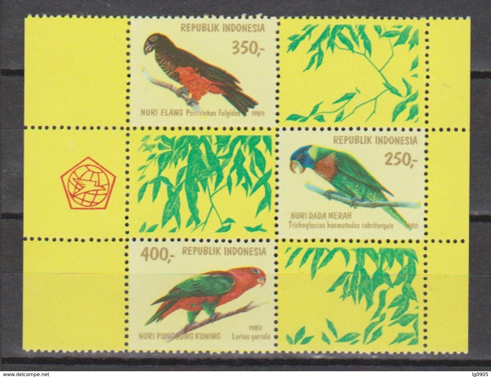 Indonesie 1026-1028 MNH Papegaai Perroquet Perruche Parrakeet Parots Papagayo Cotorra 1980 NOW MANY STAMPS INDONESIA - Papegaaien, Parkieten