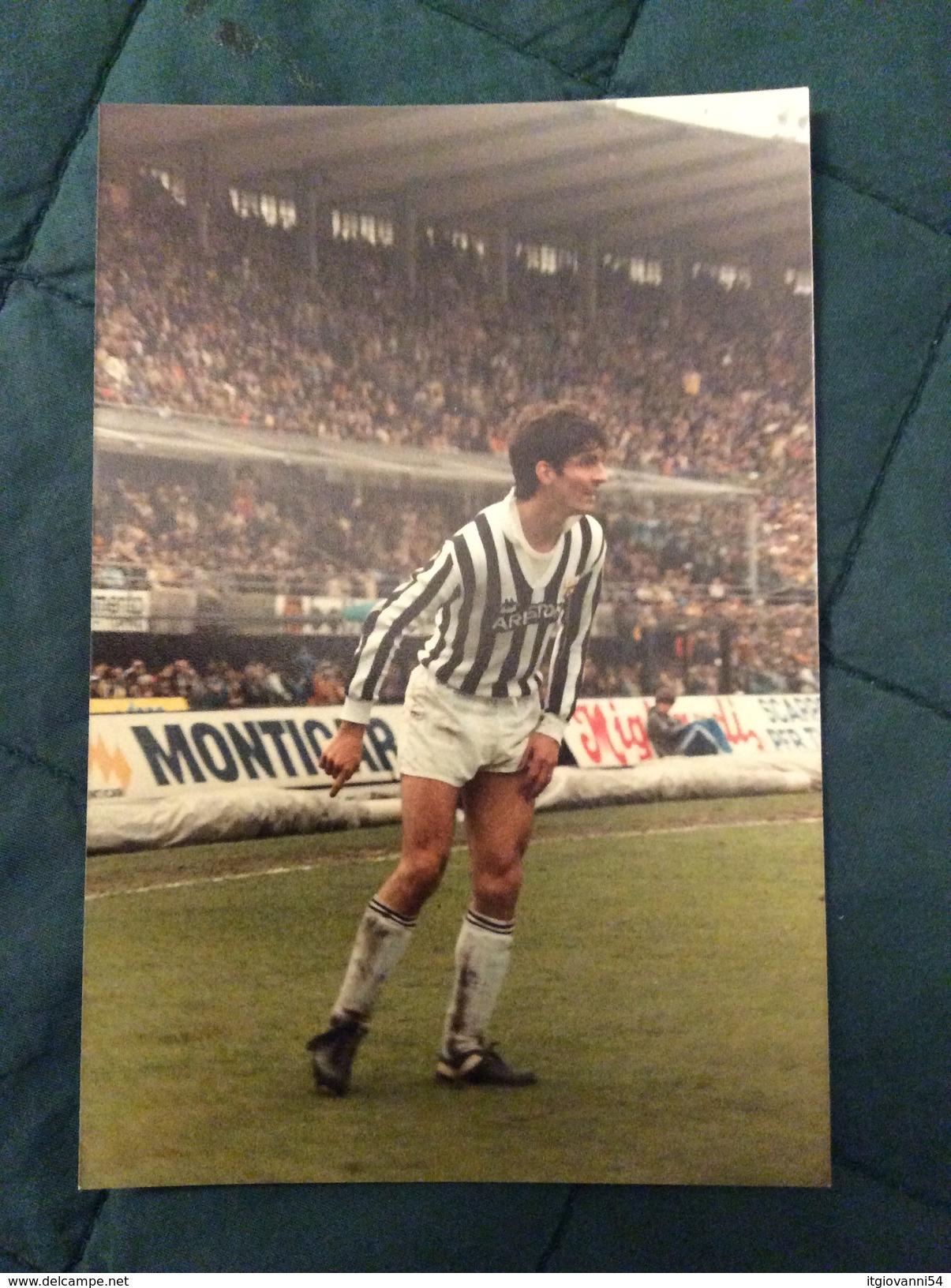 Fotografia Originale PAOLO ROSSI Della Juventus Al Comunale Di Torino 1984 - Fútbol