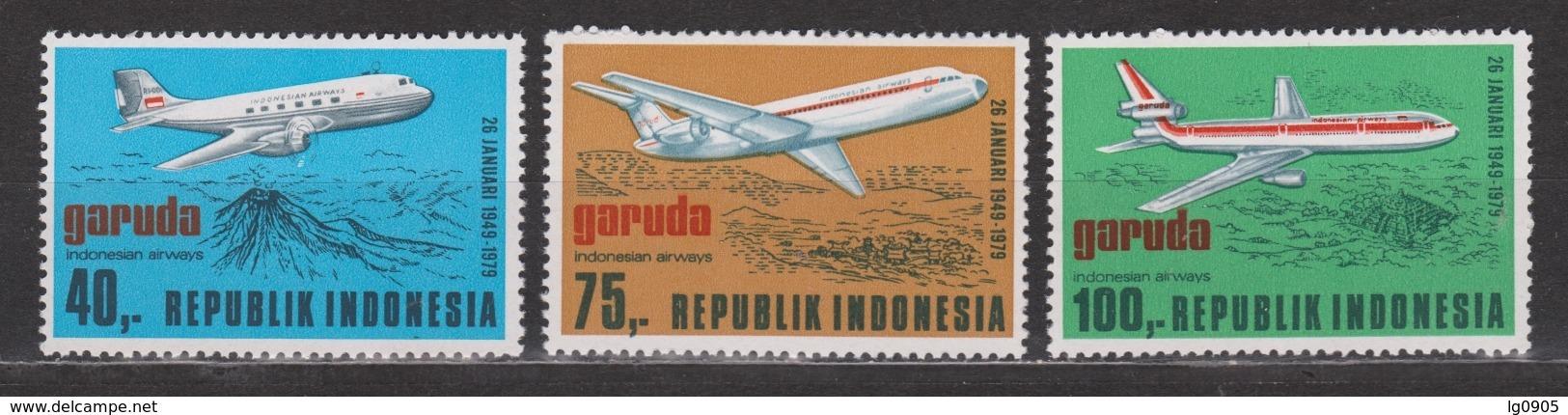 Indonesie 942-944 MNH ; Vliegtuig, Flugzeuge, Avion, Avion, Aeroplane 1979 NOW MANY STAMPS INDONESIA VERY CHEAP - Vliegtuigen
