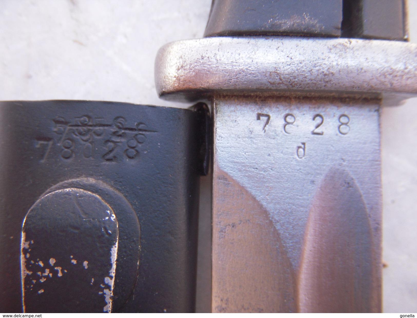 Baionnette Allemande WW2 1941 (fourreau Même Numéro) - Armes Blanches