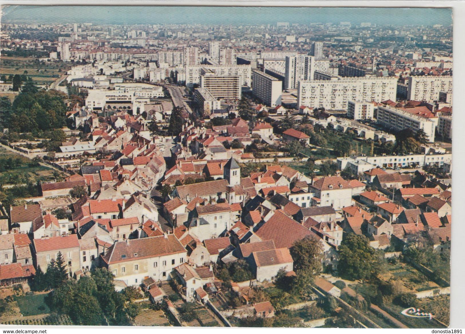 21  CHENOVE  - Vue Aérienne  ; Le Bourg  & La Z.U.P.    - 105x150   Timbrée 1978 - Chenove