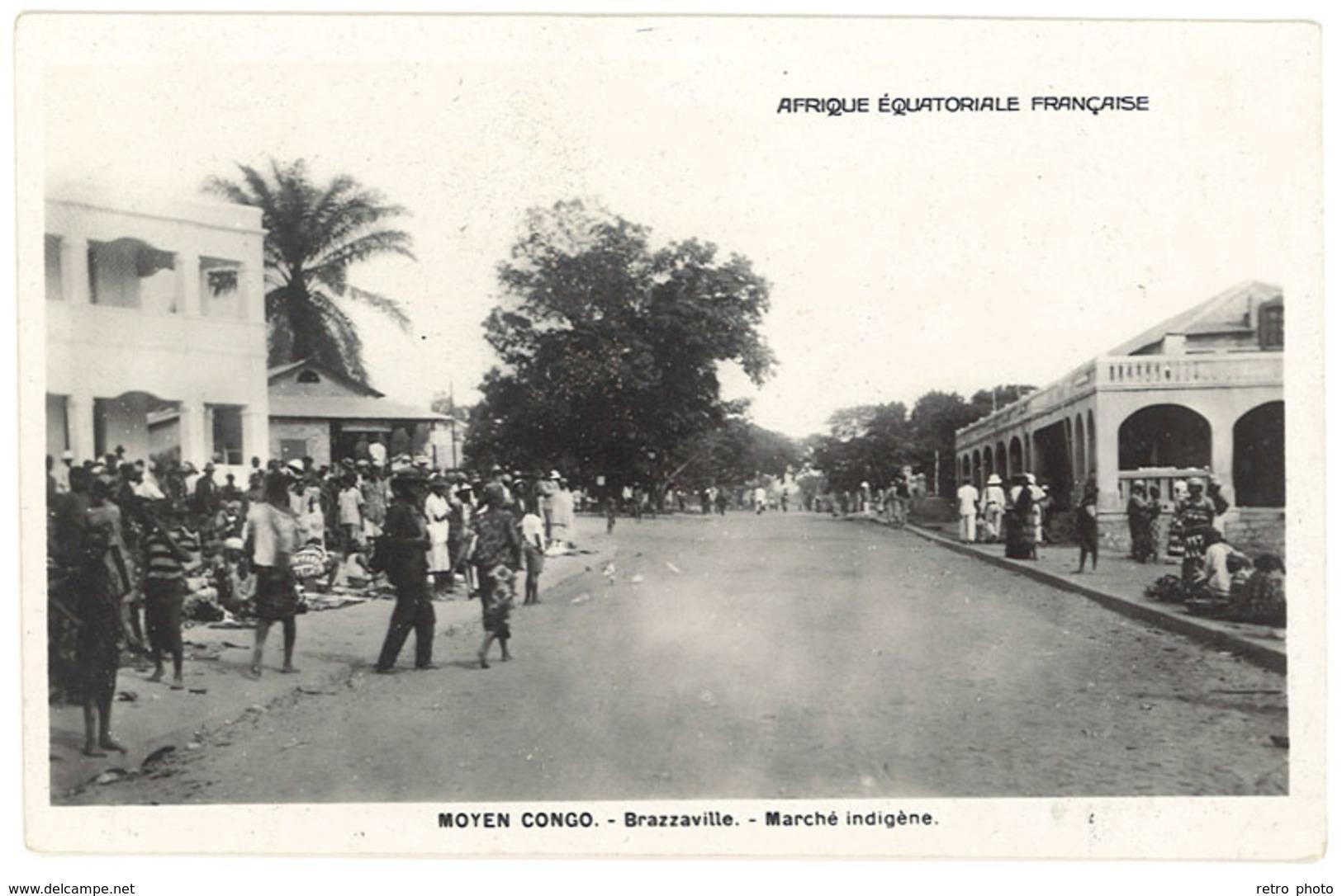Cpsm Moyen Congo Brazzaville - AEF Marché Indigène - Congo Français - Autres