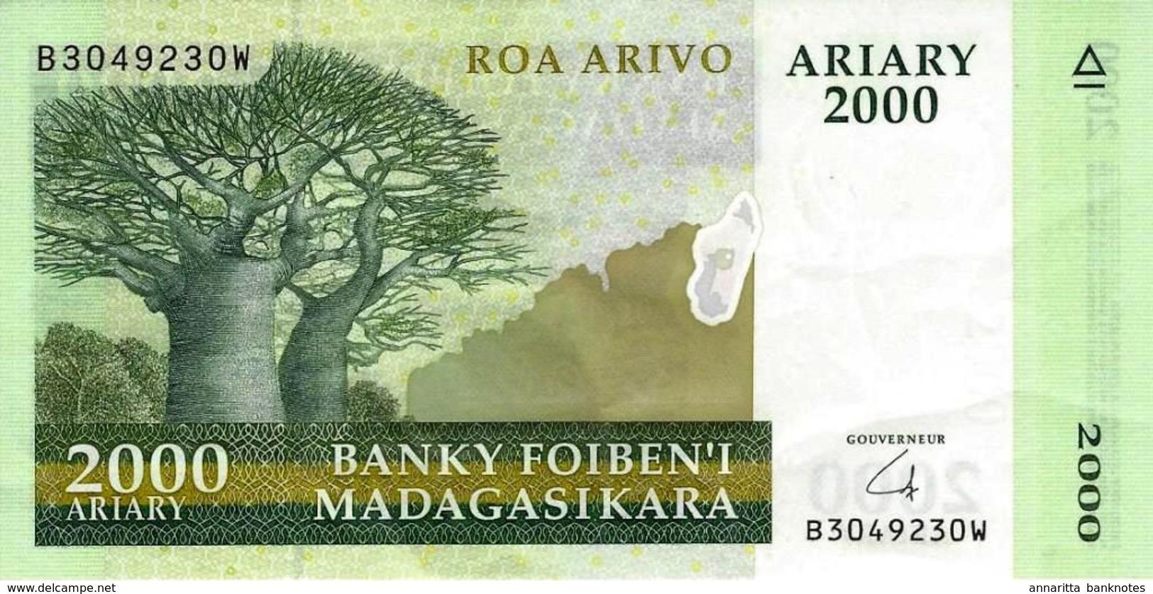 MADAGASCAR 2000 ARIARY ND (2014) P-96 XF S/N B3049230W [MG327b] - Madagascar