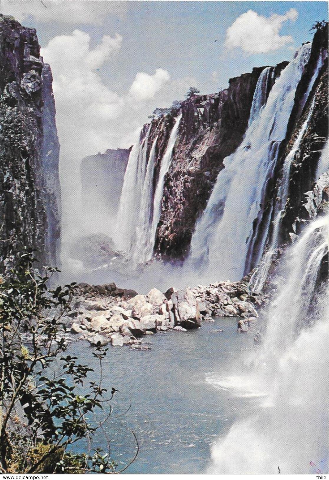 ZIMBABWE - The Eastern Cataract - Zimbabwe