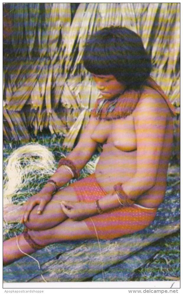 Amazonas nude