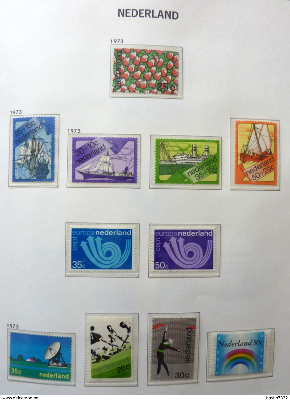 Netherlands/Pays-Bas/Olanda Collection In 2 Davo Binders - Timbres